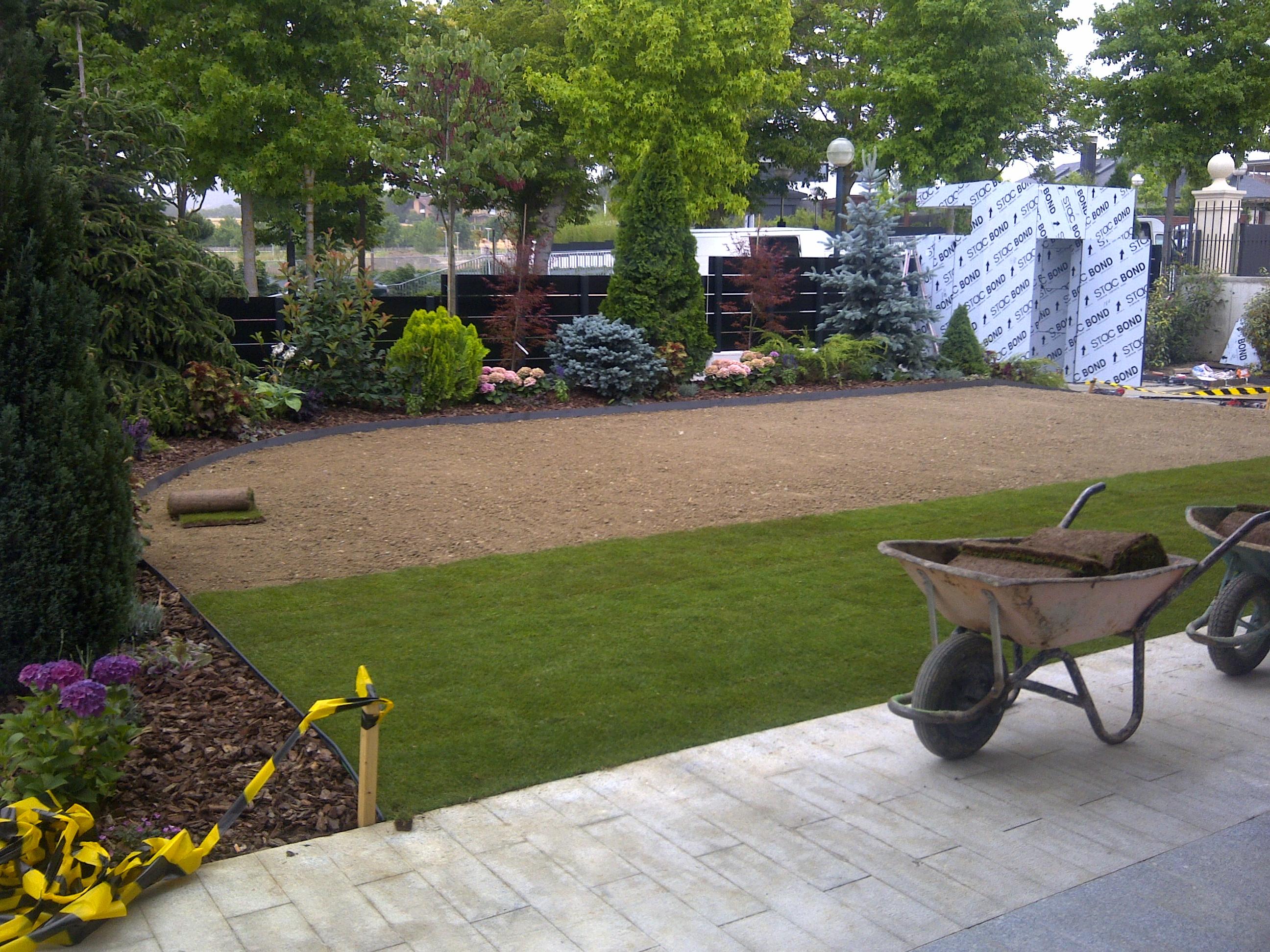 Creaci n de jardines espacios verdes for Creacion de jardines